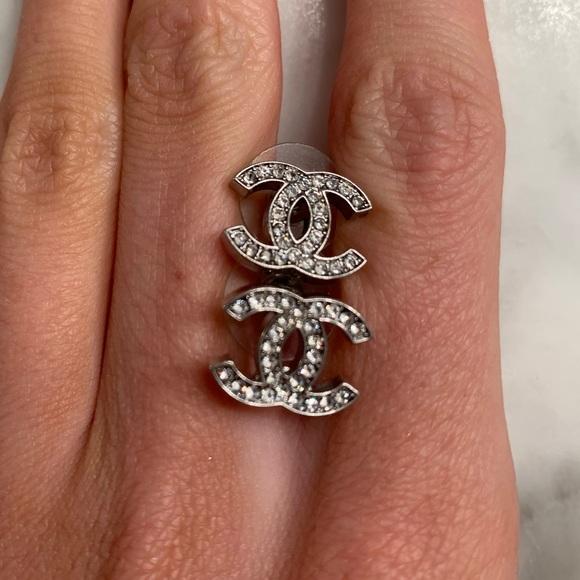 Chanel CC earrings! 💎